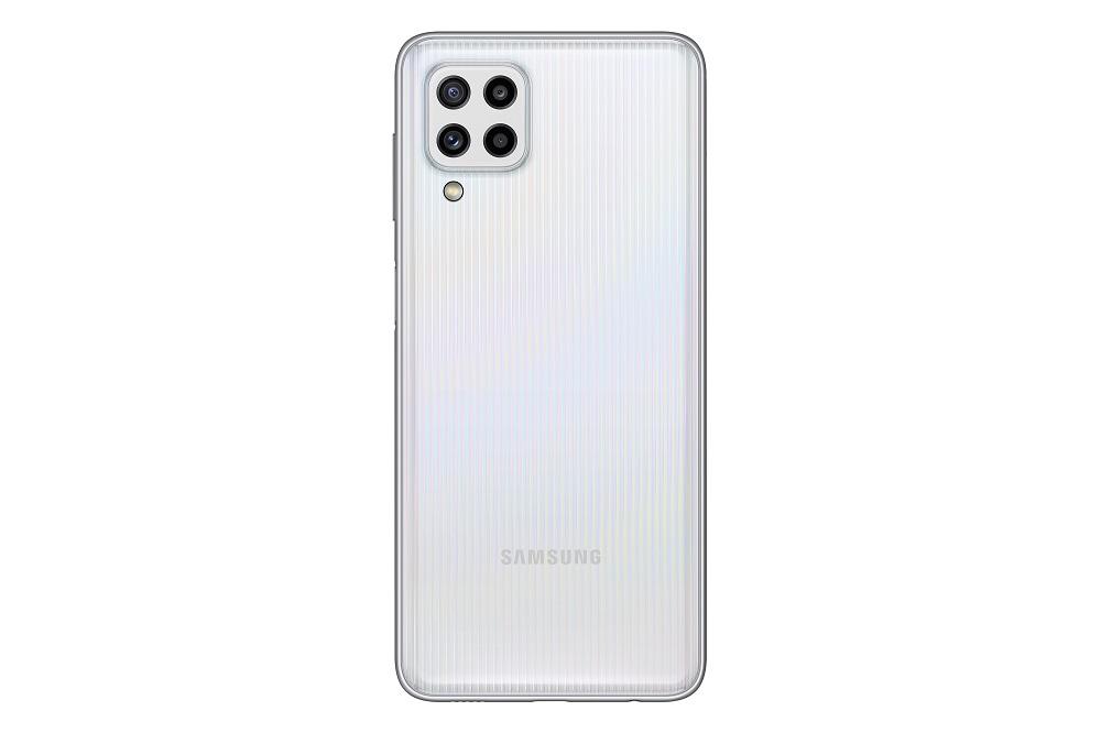 18_galaxy_M32_white_back